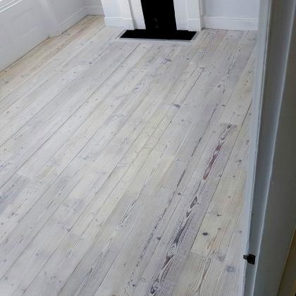 Sample of Driftwood Spar Pine
